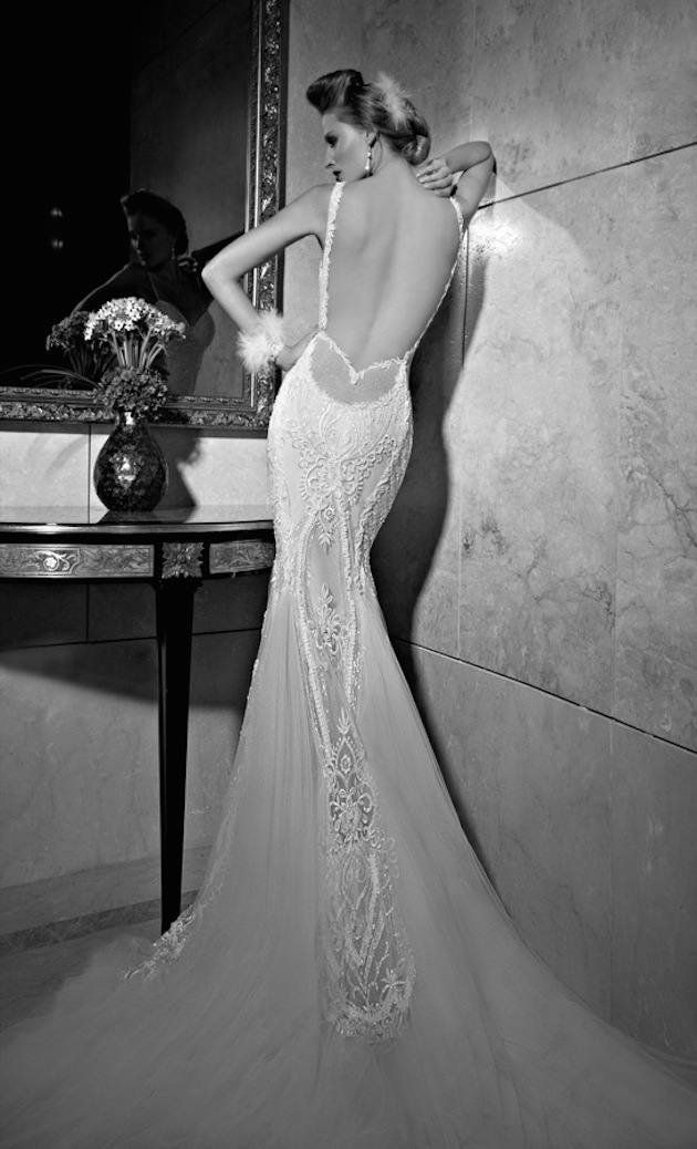 10 Go-To Designers for Backless Wedding Dresses