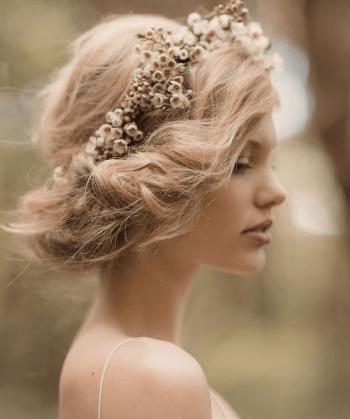 20 Gorgeous Gibson Rolls Tucked Upstyle Wedding Hair Inspiration