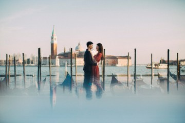 Venice Engagement Shoot | Honeymoon in Venice | Stefano Santucci | Bridal Musings Wedding Blog 43