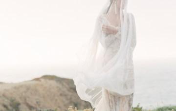 Romantic Beach Bridal Inspiration | Julie Kay Kelly | Erich McVey Workshop | Bridal Musings Wedding Blog 31