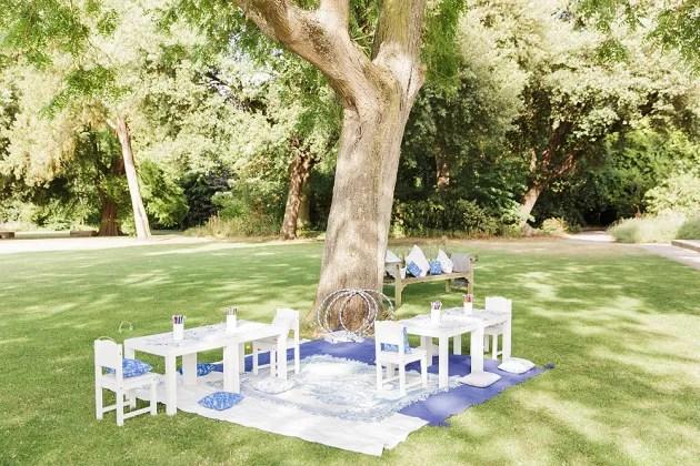 Gorgeous China Blue Wedding | Sarah Gawler | Knot & Pop | Bridal Musings Wedding Blog 15