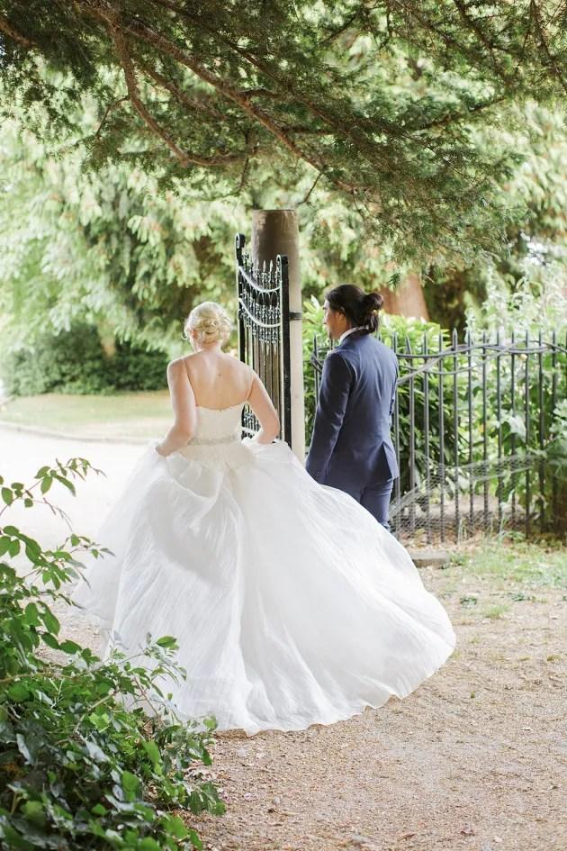 Gorgeous China Blue Wedding | Sarah Gawler | Knot & Pop | Bridal Musings Wedding Blog 44