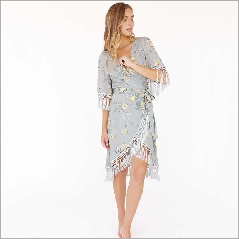 Bridal Robe To Get Ready In: Shop Gorgeous Bridal Robes To Get Ready In