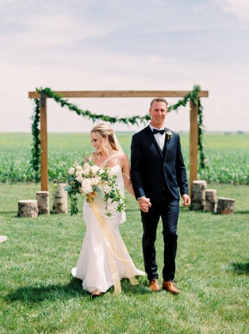 gorgeous-barn-wedding-by-milton-photography-5