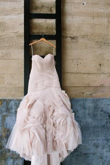 industrial-inspired-wedding-shoot-by-jeff-brummett-visuals-keestone-events-24