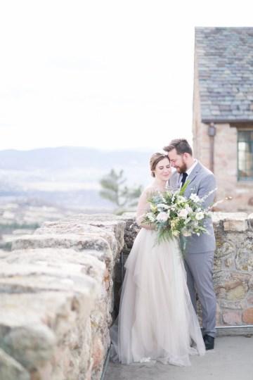 winter-wedding-inspiration-by-amy-caroline-photography-21