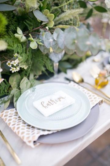 winter-wedding-inspiration-by-amy-caroline-photography-24