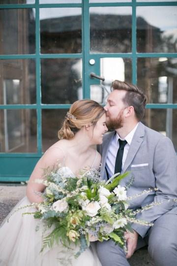 winter-wedding-inspiration-by-amy-caroline-photography-38