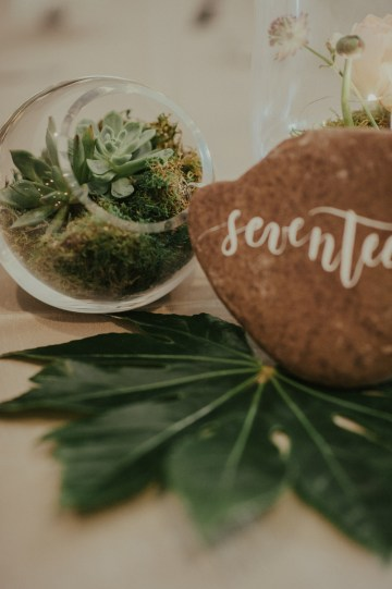 woodsy-summer-wedding-by-charis-rowland-photography-19