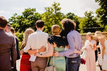 Barn Wedding in Ireland by Navyblur Photography 24