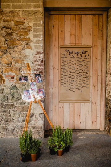 Barn Wedding in Ireland by Navyblur Photography 30