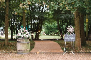 English Winery Wedding by Hannah McClune Photography 13