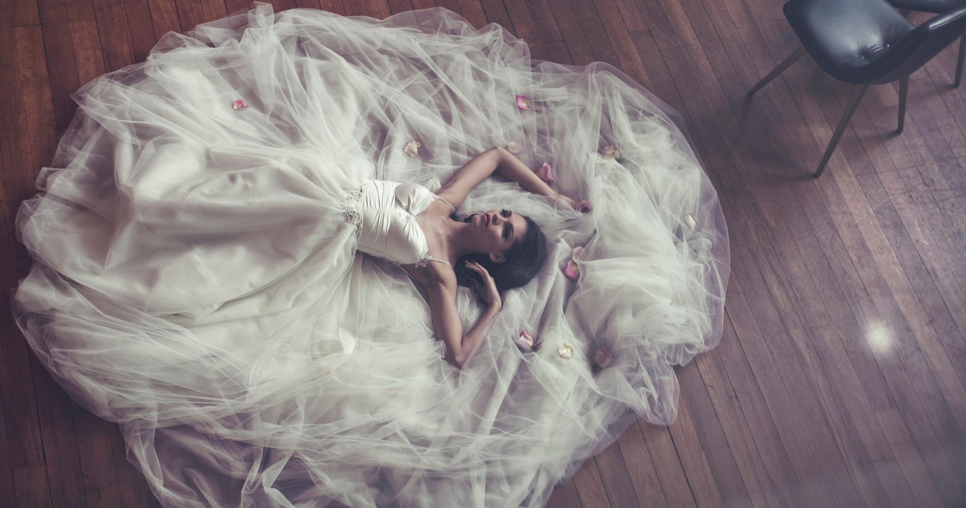 wedding planning stressed bride
