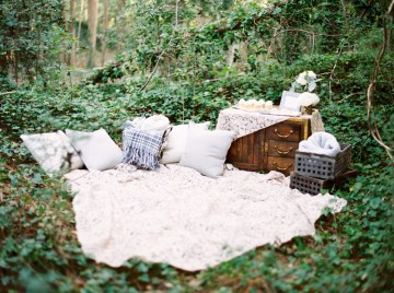 Woodland Wedding Inspiration by Molly Lichten Photography and Jamie Leigh Events 10