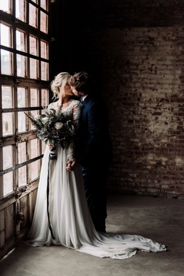 Moody Winter Wedding Inspiration by Kelcy Leigh Photography 19