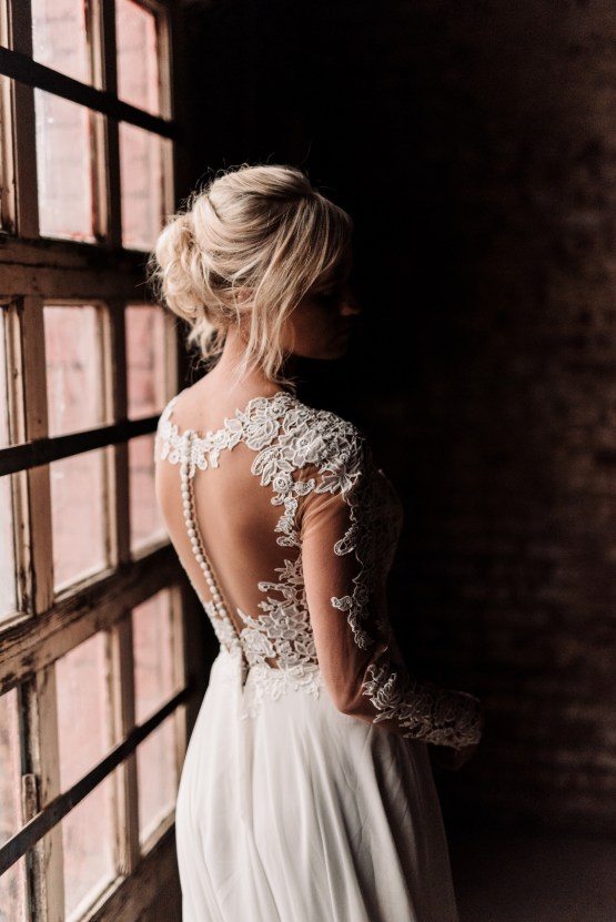 Moody Winter Wedding Inspiration by Kelcy Leigh Photography 27