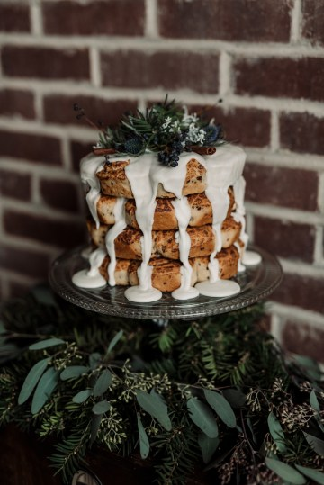 Moody Winter Wedding Inspiration by Kelcy Leigh Photography 8