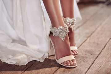 Anna Campbell Wedding Dress Collection 44