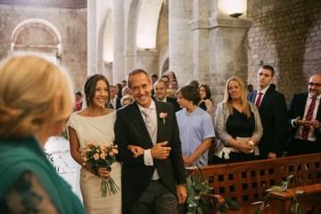 Cool Spanish Wedding by Sara Lobla and La Puta Suegra 23