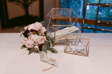Rustic & Intimate Wedding by Suzuran Photography and Oak & Honey Events 10