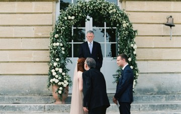 Beautiful & Intimate Fine Art Wedding by Laura Gordon Photography 15