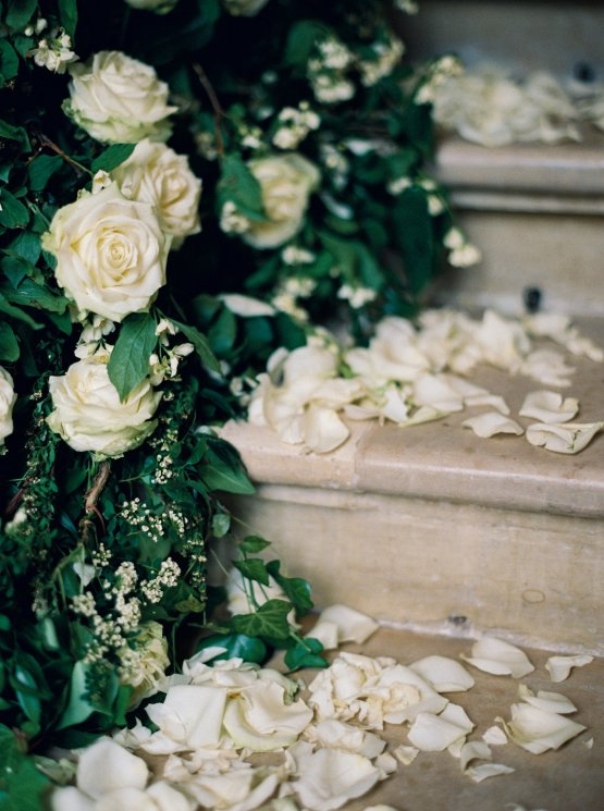 Beautiful & Intimate Fine Art Wedding by Laura Gordon Photography 63