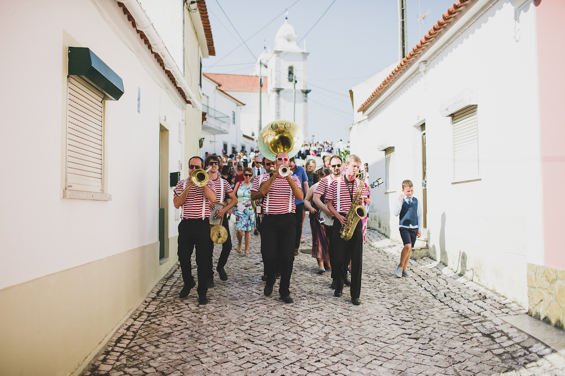 Fun Destination Wedding in Portugal by Jesus Caballero Photography 38