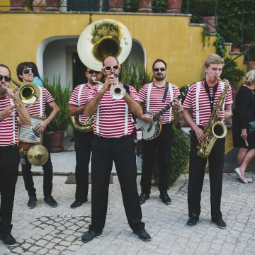 Fun Destination Wedding in Portugal by Jesus Caballero Photography 48
