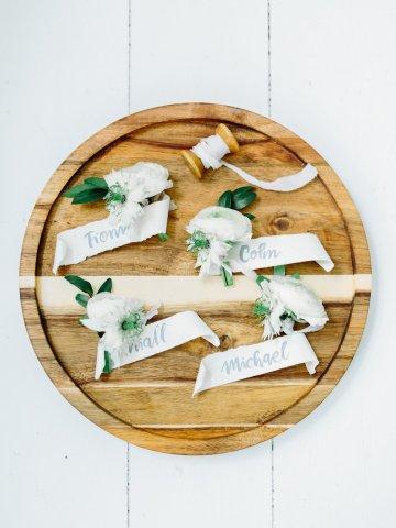 Minimalist Wedding Inspiration from Love & 16