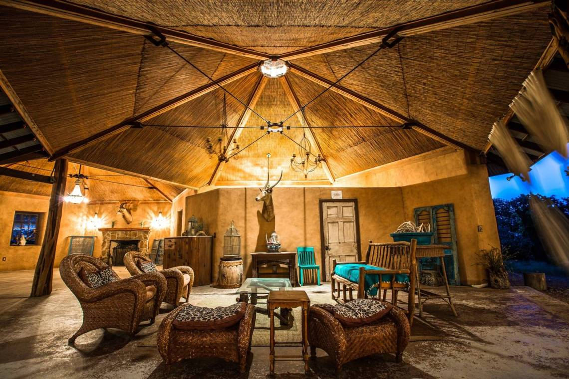 10 Incredible & Affordable Airbnb Wedding Venues Around the World | Group Glamping Hill Country Texas 2