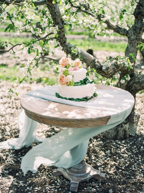 Bright and Colorful Apple Blossom Orchard Wedding Inspiration | Shanell Photography & Mitten Weddings and Events 48