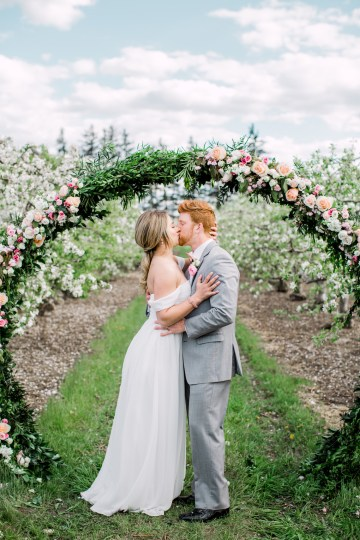 Bright and Colorful Apple Blossom Orchard Wedding Inspiration | Shanell Photography & Mitten Weddings and Events 9