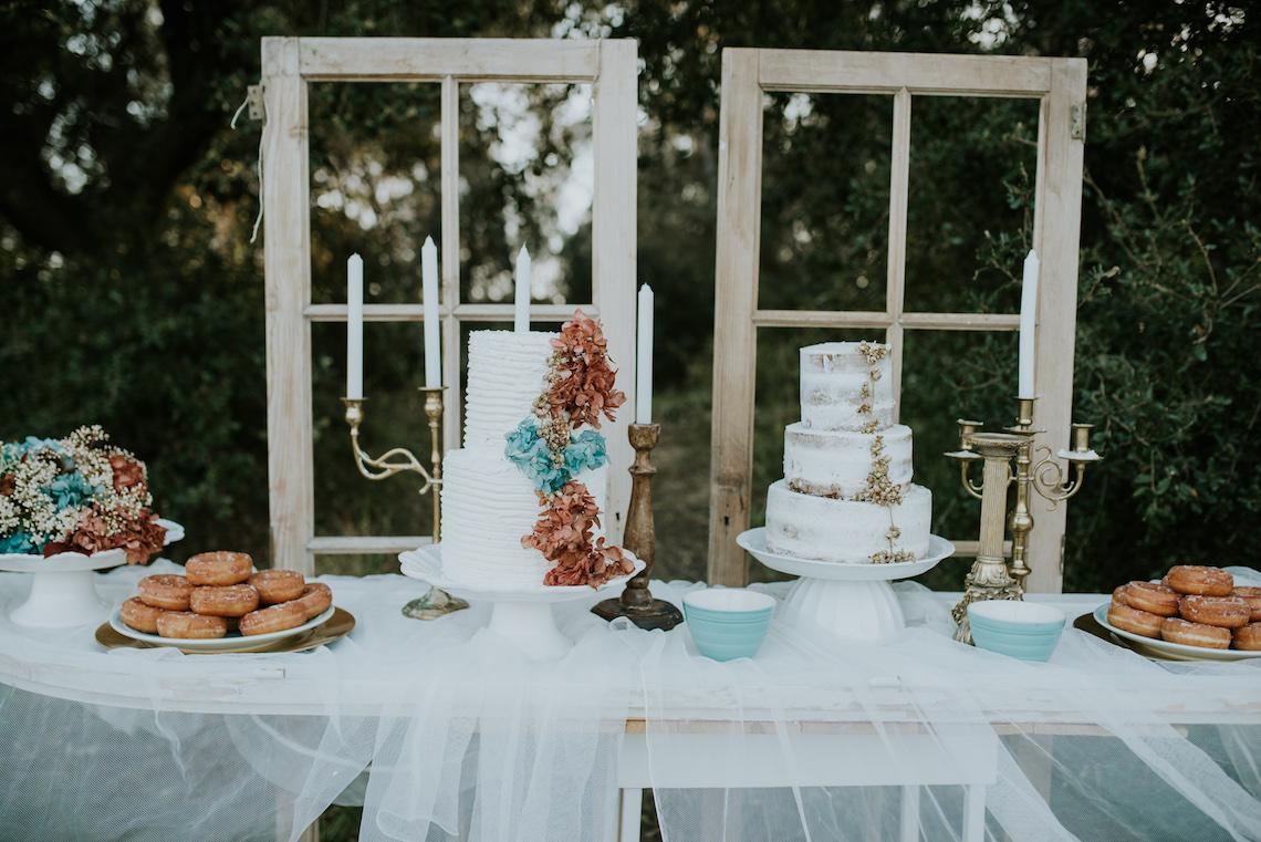 Free-Spirited & Panoramic Boho Wedding Inspiration   Sara Cuadrado and El Ramo Volador 24