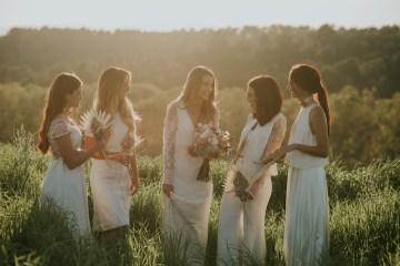 Free-Spirited & Panoramic Boho Wedding Inspiration | Sara Cuadrado and El Ramo Volador 38