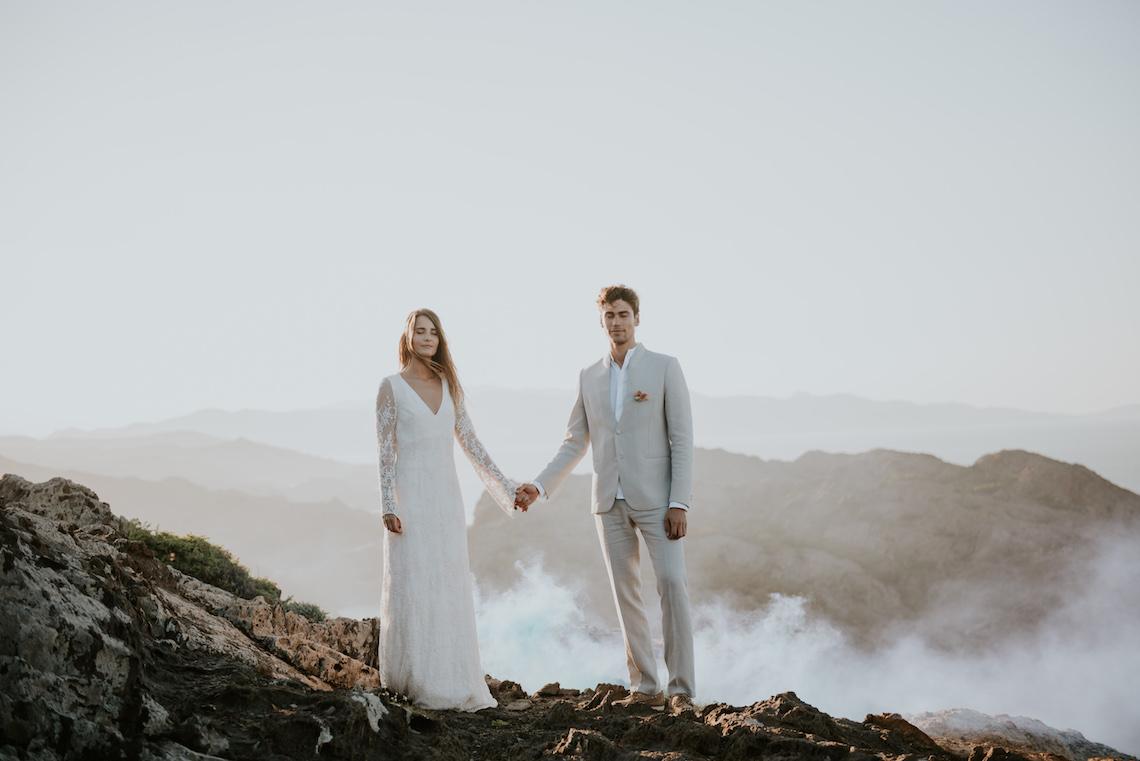 Free-Spirited & Panoramic Boho Wedding Inspiration   Sara Cuadrado and El Ramo Volador 9