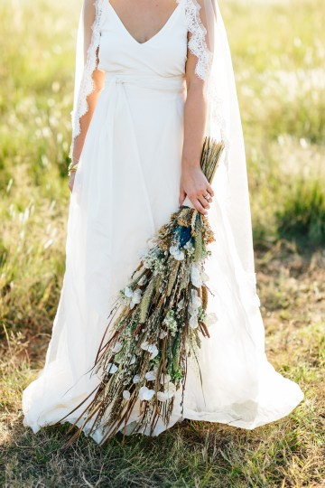 Fun, Scenic, Lakeside Wedding with Dried Floral Bouquets | Studio 1208 63