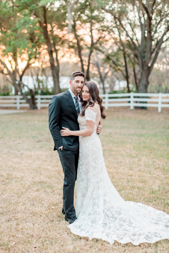 Gilded Florida Farm Wedding with an Adorable Golden Pup | Lauren Galloway Photography 45