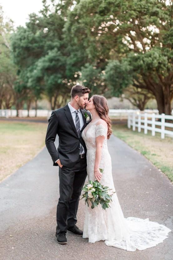 Gilded Florida Farm Wedding with an Adorable Golden Pup | Lauren Galloway Photography 49