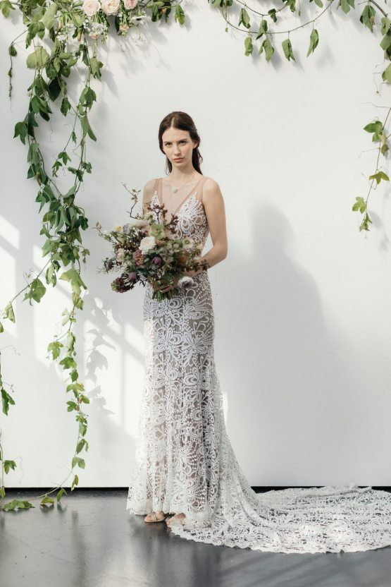 Modern Minimalist Styled Shoot Featuring Gowns For The Natural Bride | Cinzia Bruschini 34