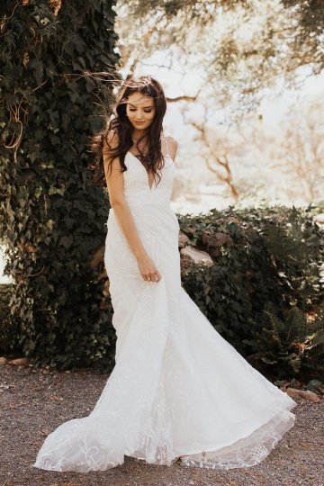 The Luxurious & Bohemian Ember Dusk Spring 2018 Collection from Tara Lauren | Anni Graham 23