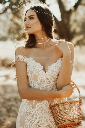 The Luxurious & Bohemian Ember Dusk Spring 2018 Collection from Tara Lauren | Anni Graham 29