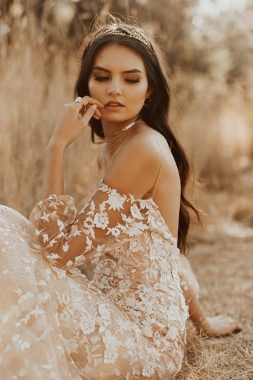 The Luxurious & Bohemian Ember Dusk Spring 2018 Collection from Tara Lauren | Anni Graham 32