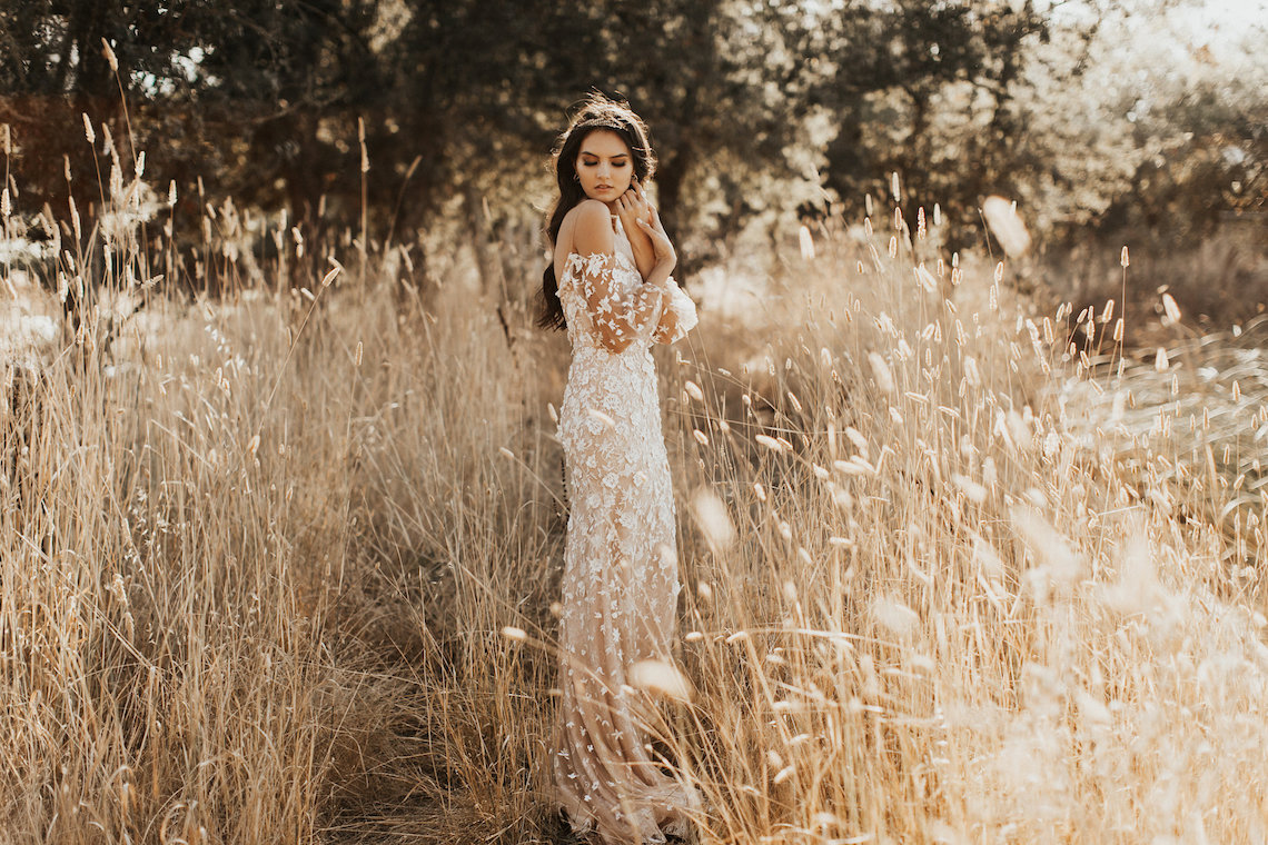 The Luxurious & Bohemian Ember Dusk Spring 2018 Collection from Tara Lauren | Anni Graham 66