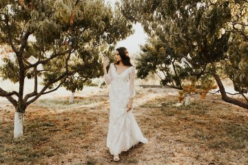 The Luxurious & Bohemian Ember Dusk Spring 2018 Collection from Tara Lauren | Anni Graham 68