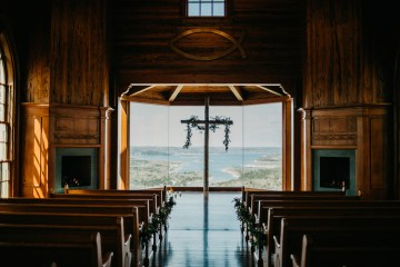 Boho Ozarks Wedding in an Magnificent Hilltop Chapel | Unveiled Radiance Photography 15