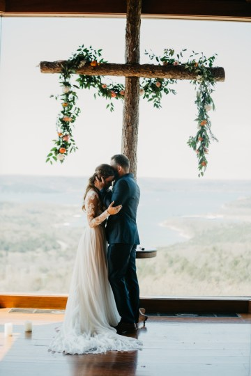 Boho Ozarks Wedding in an Magnificent Hilltop Chapel | Unveiled Radiance Photography 18