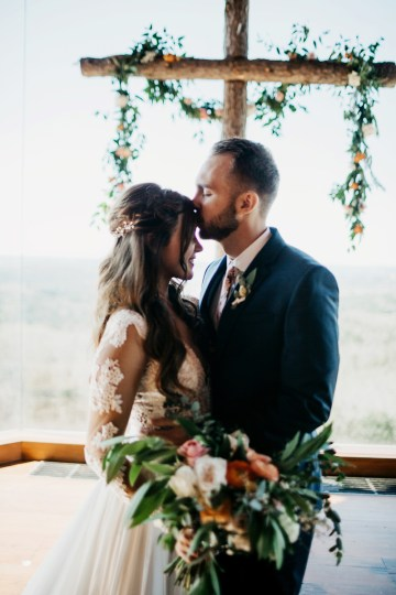 Boho Ozarks Wedding in an Magnificent Hilltop Chapel | Unveiled Radiance Photography 20