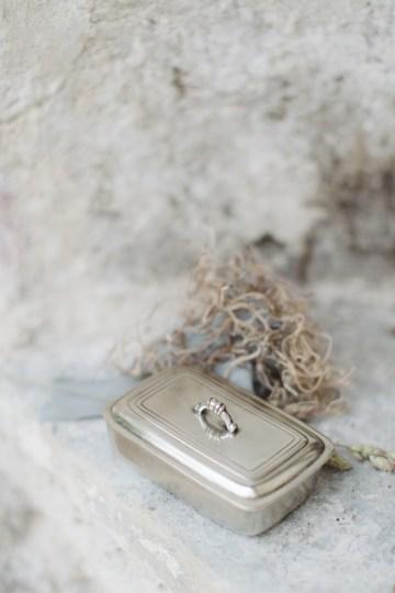 Calm, Ethereal & Romantic Lake Como Wedding Inspiration | Valentina Operandi 23