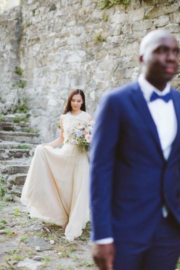 Calm, Ethereal & Romantic Lake Como Wedding Inspiration | Valentina Operandi 27
