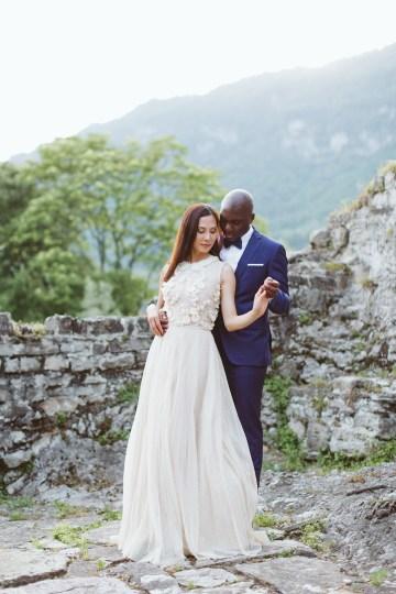 Calm, Ethereal & Romantic Lake Como Wedding Inspiration | Valentina Operandi 30